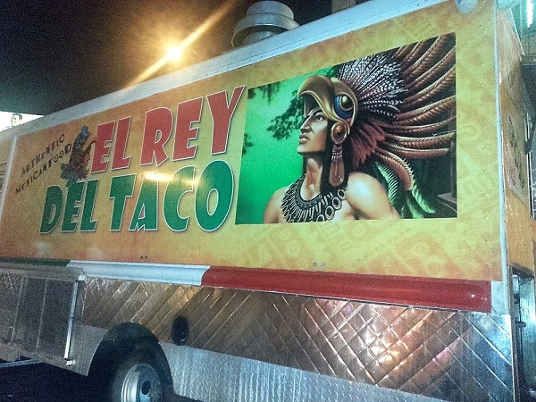 el rey del taco truck is causing a feeding frenzy. Black Bedroom Furniture Sets. Home Design Ideas
