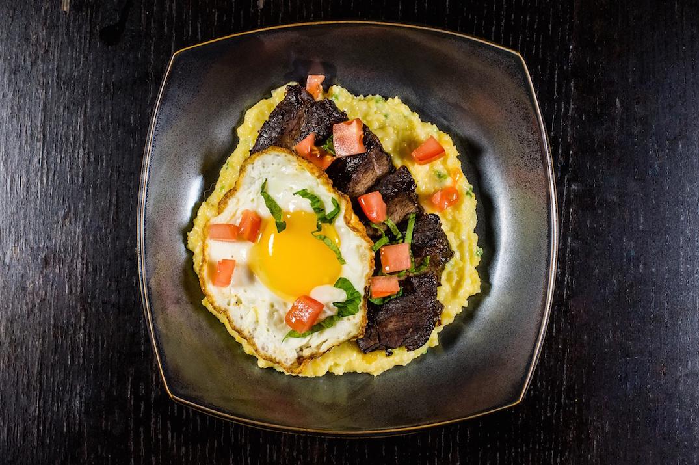 Beef-Short-Ribs-Cheesy-Jalapeno-Grits-Fried-Egg-edit