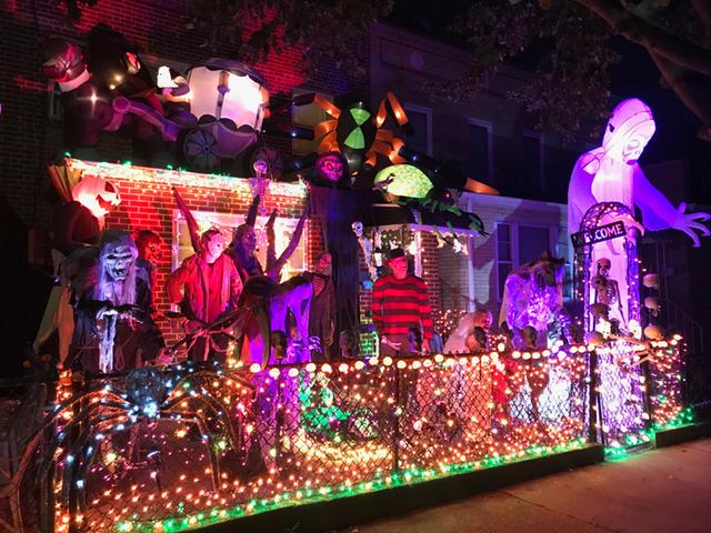 halloween_house_astoria