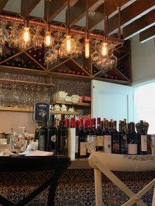 Oli.Vine Wine Bar