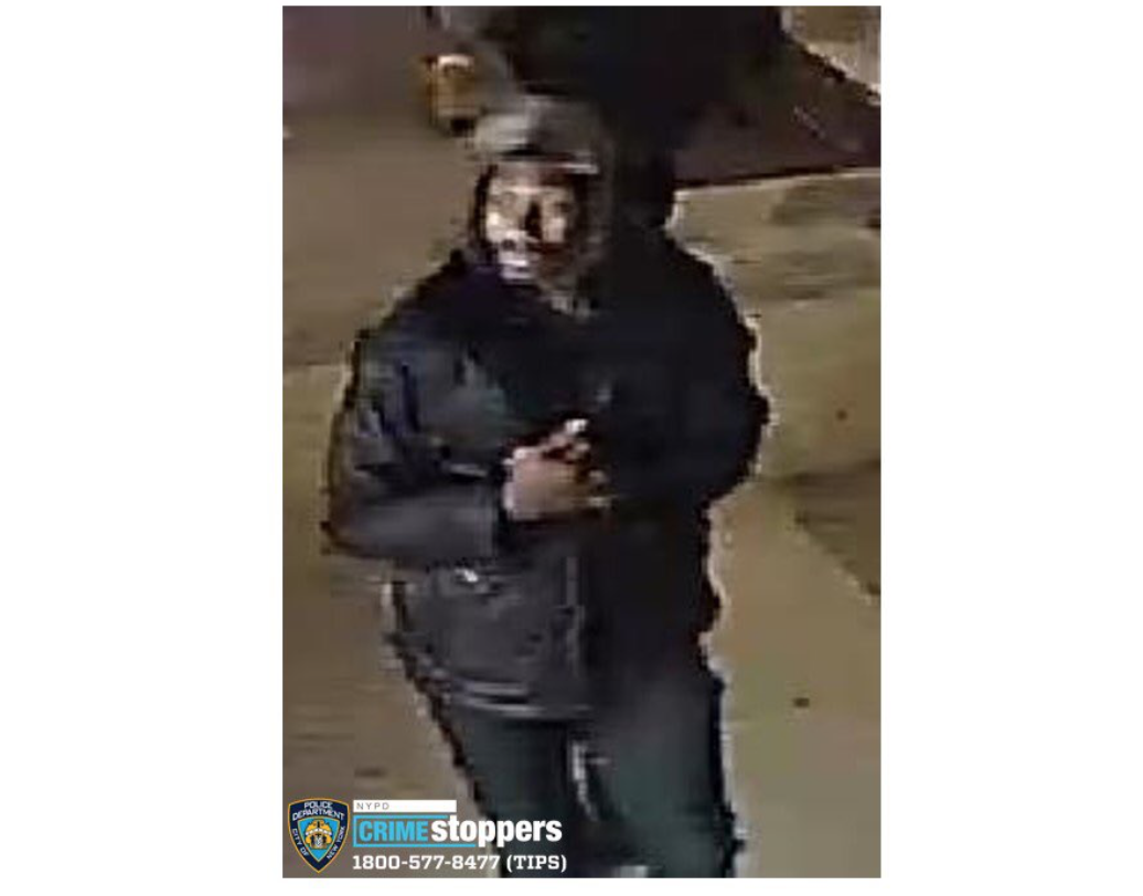 Image via NYPD Crime Stoppers (@NYPDTips) Twitter.
