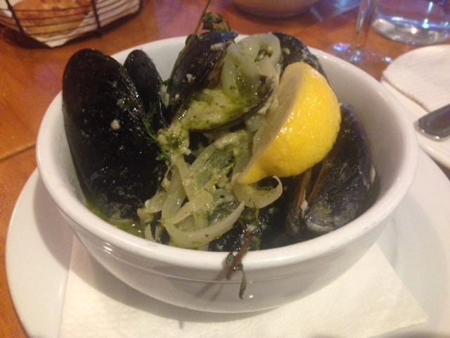 Pesto mussels: These were served with fresh Italian bread