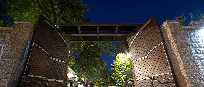 Image Via http://bohemianhall.com/